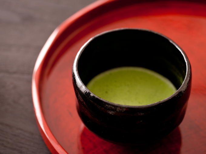 Elegant bright green color is proof of deep mellow taste and noble sweet aroma.