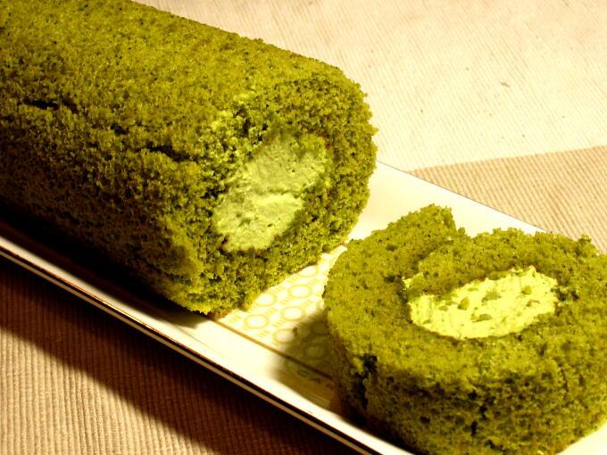 Green Tea Cake Recipe Japanese: Matcha Roll Cake (House Matcha / Matcha Culinary